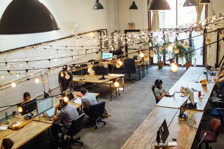 Espace de coworking pour rencontrer d'autres digital nomad